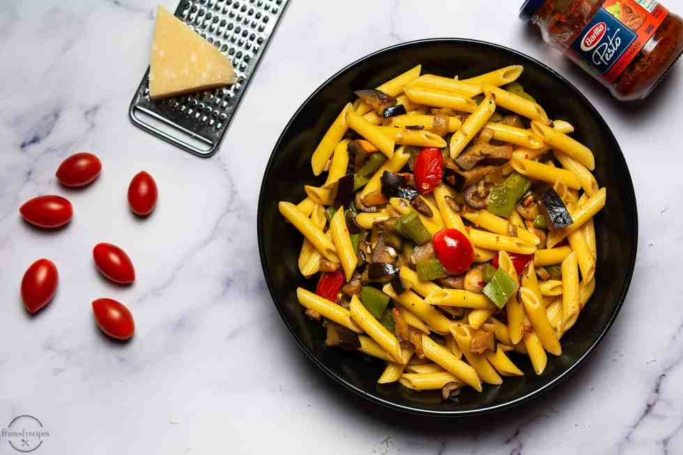 pasta with bellpepper, eggplant, mushrooms,cherry tomatoes and black olives