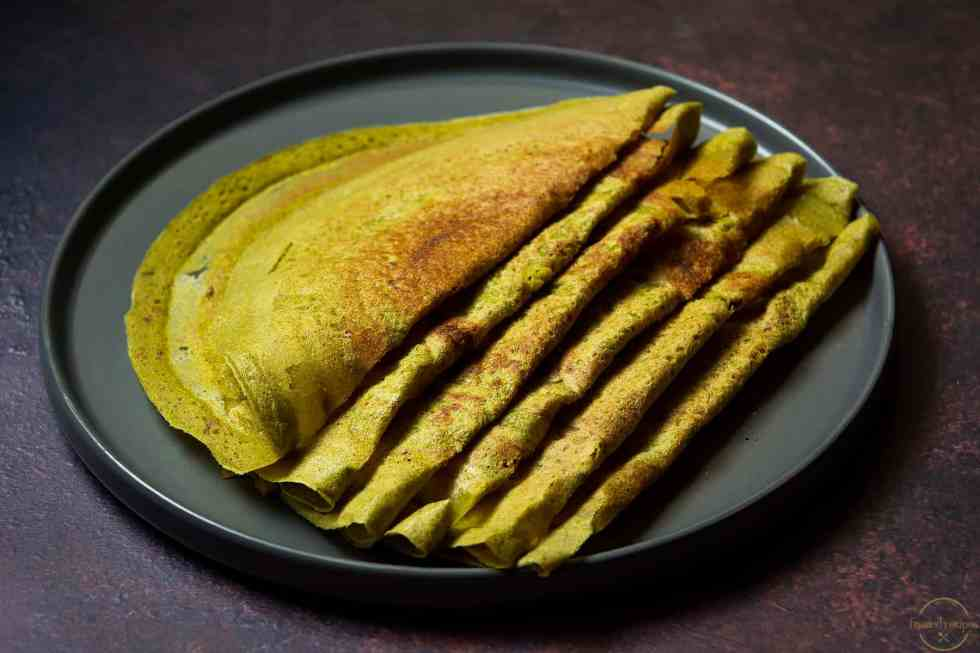 overnight oats & moong beans crepes