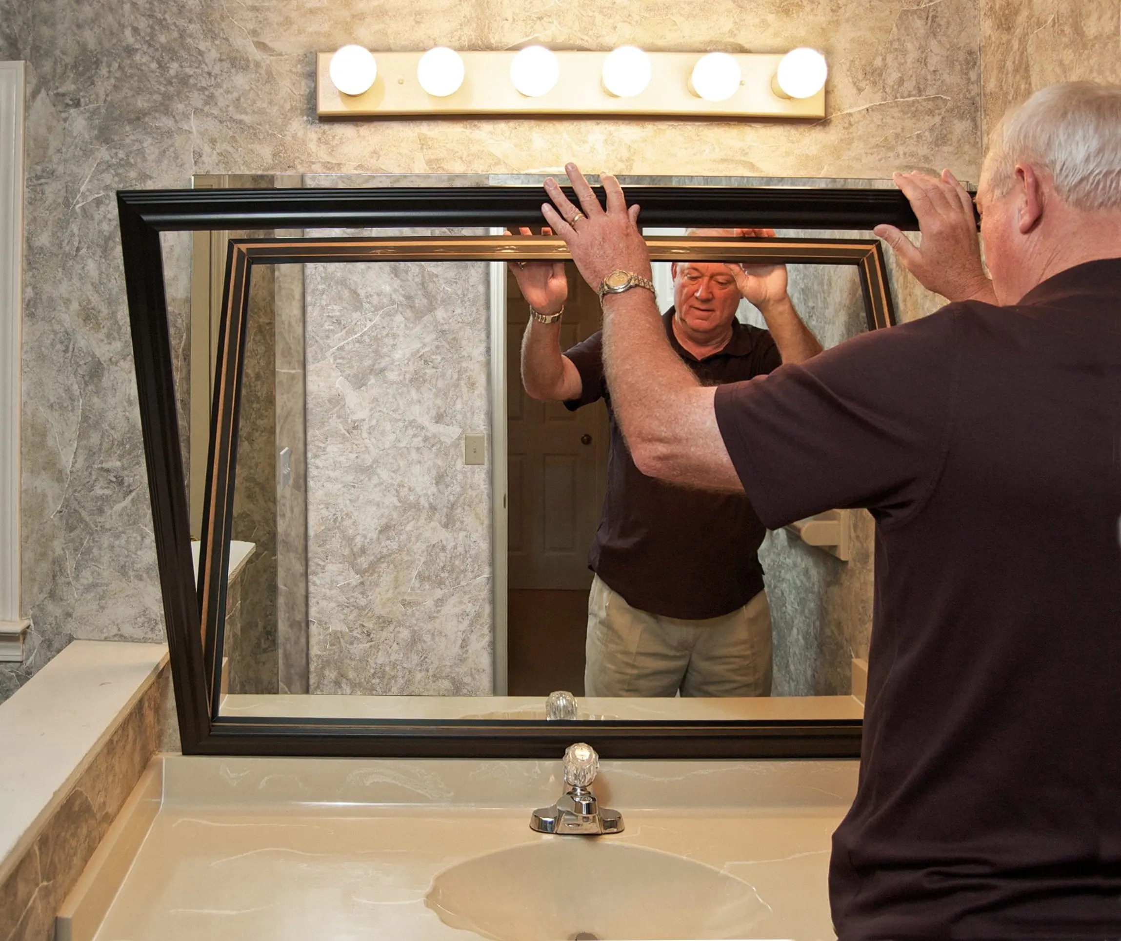 Black Edges on Mirrors Why It Happens and What To Do