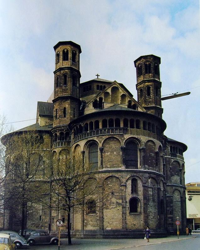 Basilica dei Santi Apostoli di Colonia - Kirche St. Apostein di Koin
