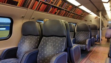 treno-vagone-biblioteca-olanda-frammenti-di-libro
