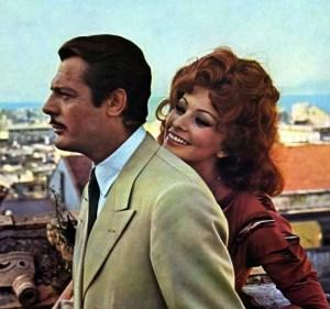 """Marcello Mastroianni e Sophia Loren in """"Matrimonio all'italiana"""", regia di Vittorio De Sica, 1964"""