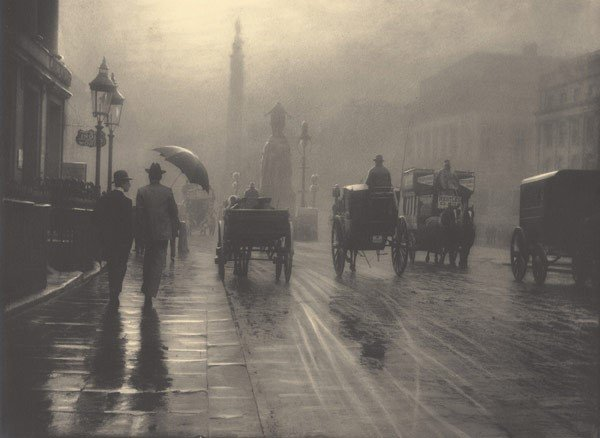 London, 1899 by Leonard Misonne