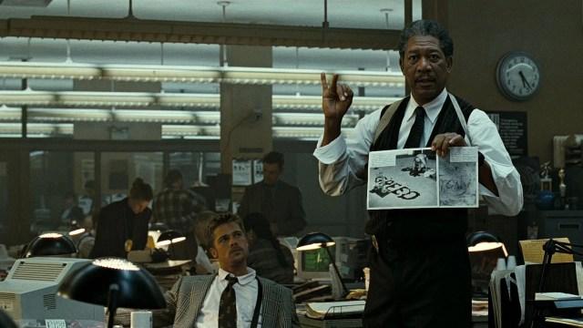 In ufficio. Morgan Freeman e Brad Pitt