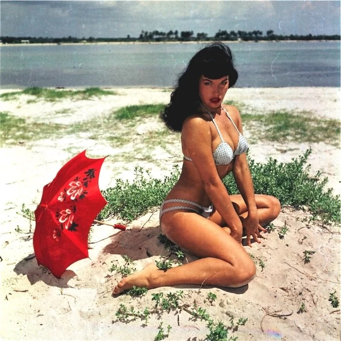 bettie page colori