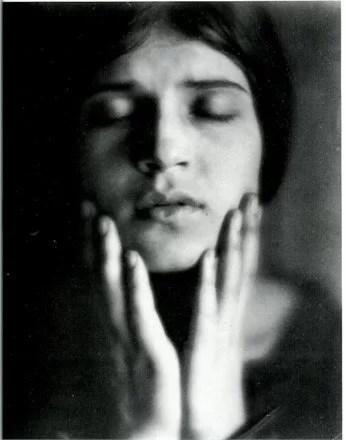 Tina Minotti Ritratto ©www.vogue.it