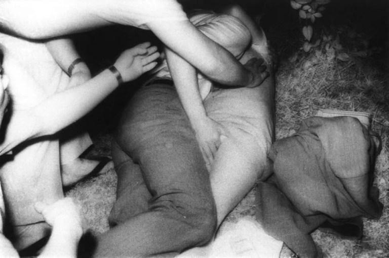 I voyeur: il sacrificio degli amanti fotografati da Kohei Yoshiyuki