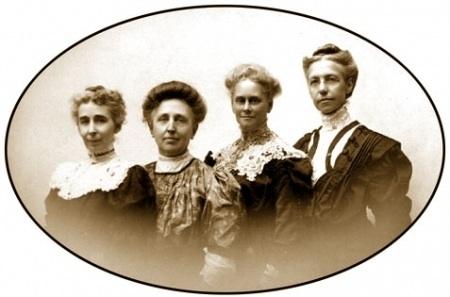 gamma phi founders