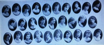 Gladys Gilpatrick is in the top right hand corner in this 1917 photo of the Sigma Chapter of Alpha Delta Pi at the University of Illinois taken from the 1917 Illio.