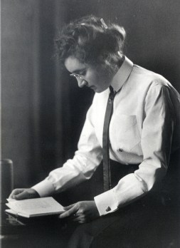 Mary Ellen Chase (Mary Ellen Chase Papers, Maine Women Writers Collection, University of New England, Portland, Maine)