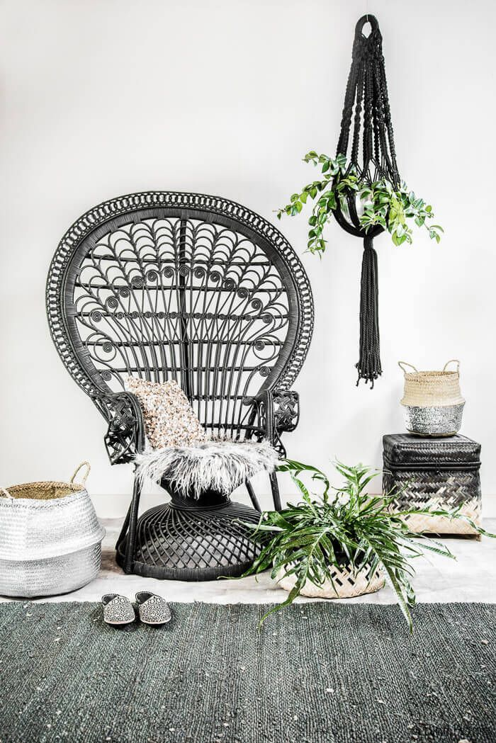 Instagram Obsessions: Black Peacock Chair