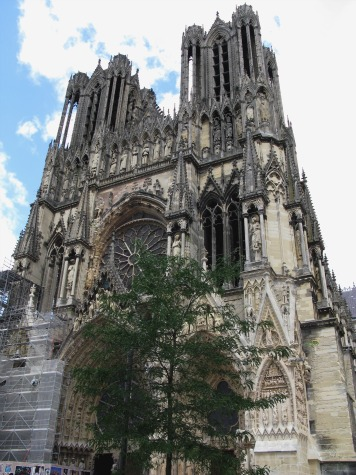 Reims-Cathedral-facade-3
