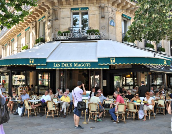 historic paris cafes