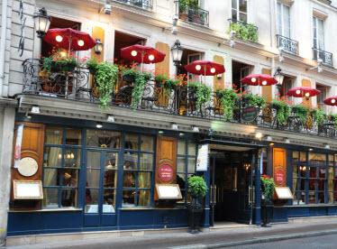 historic paris cafes