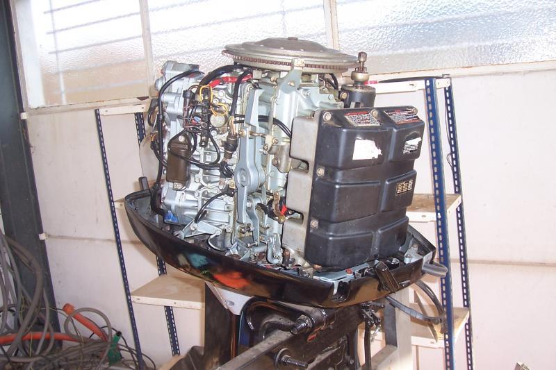 Troc Echange Moteur HB 150CV Evinrude En Bon Tat Sur