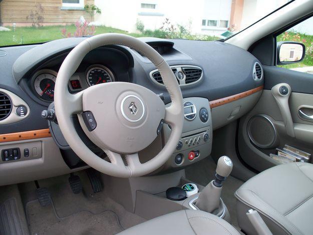 Troc Echange Renault Clio 3 Initial 16 16v Annee 2007