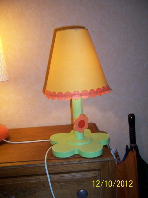 Troc Echange Lampe Fleur Chevet Vert Baudet Sur France