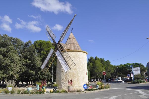 Lambesc Tourisme Vacances Amp Week End