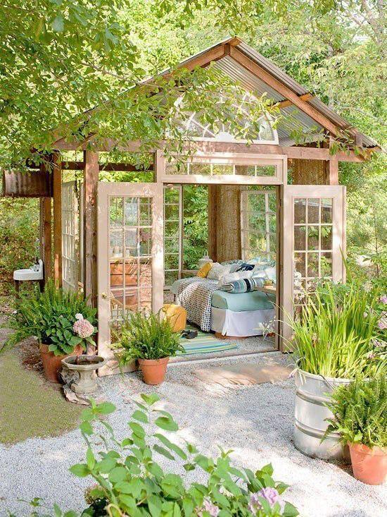 Les chalets de jardin lextension de la maison sans
