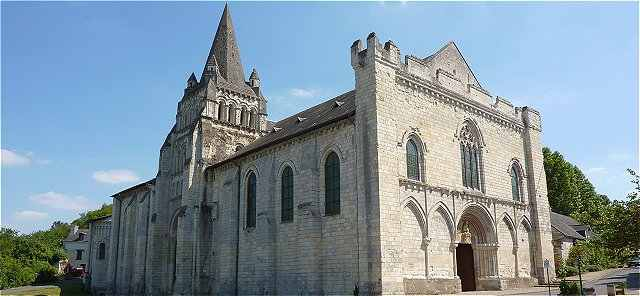 La Collégiale Notre-Dame de Cunault