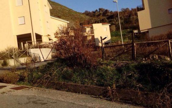 Lettere alla redazione: «A Verbicaro alloggi popolari abbandonati e mai assegnati»