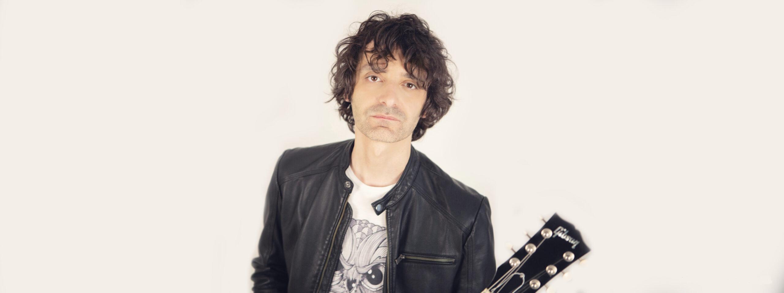 Francesco Garolfi - Gibson SG - Contatti