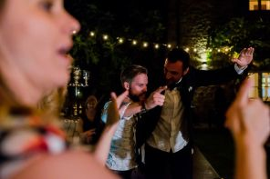 Scatenati| Matrimonio a Cortona intimate wedding in Tuscany
