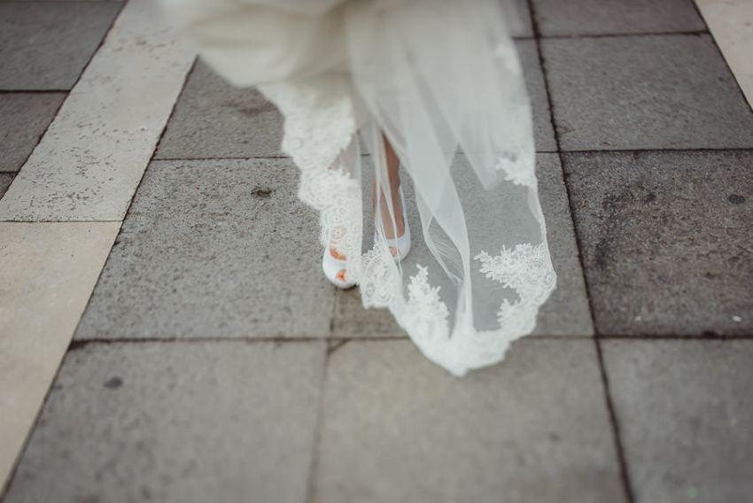 venice wedding photographer / bride creative portrait