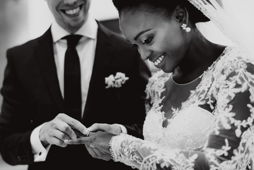 Sirmione Wedding photographer catholic wedding ceremony