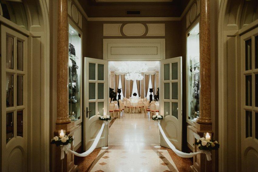 Sirmione Wedding photographer villa cortine aperitif dinner