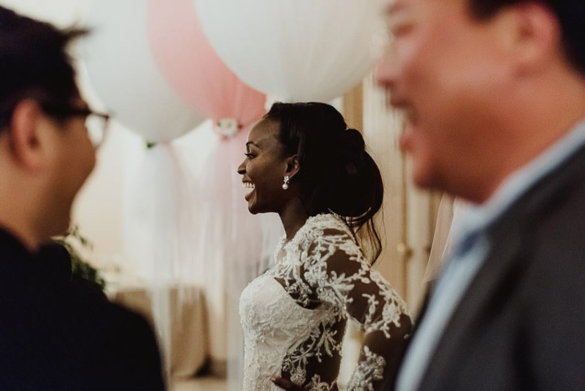 Sirmione Wedding photographer villa cortine cake cutting