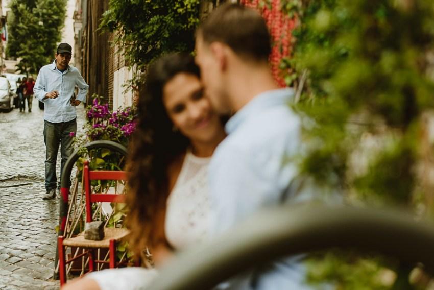 wedding photographer rome intimate engagement session