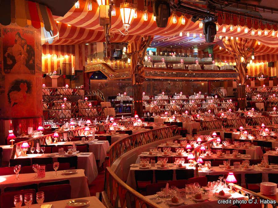 Table Salle A Manger En Chene Blanchi