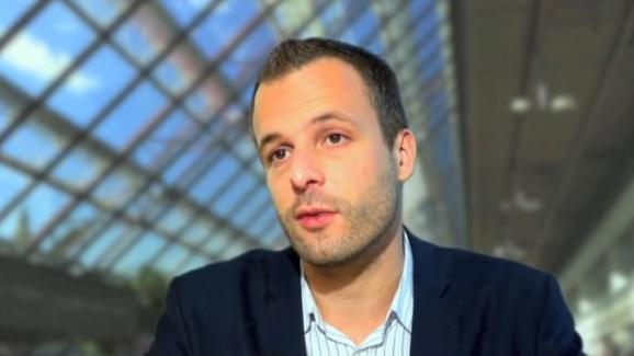 Damien Philippot donne des détails sur une étude de l'Ifop au sujet de l'innovation thérapeutique, dans une vidéo postée sur youtube en 2012.
