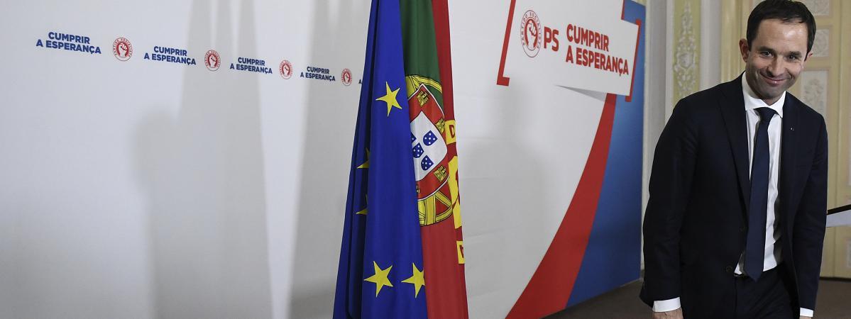 Le candidat du Parti socialiste à l\'élection présidentielle, Benoît Hamon, était en déplacement de campagne à Lisbonne (Portugal) le 18 février 2017.