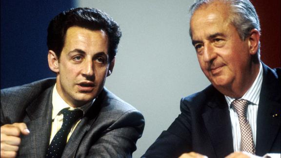 Nicolas Sarkozy et Édouard Balladur en juin 1994 lors d\'un meeting.