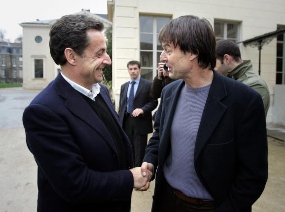 Nicolas Hulot avec Nicolas Sarkozy, le 31 mars 2007 au Muséum d\'histoire naturelle de Paris.