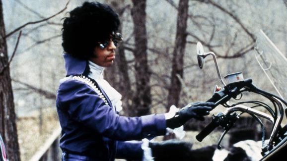 Le chanteur Prince, dans le film Purple Rain, en 1984.