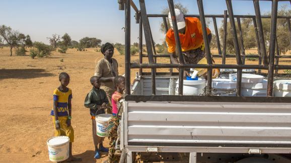 Collecte de lait au Sénégal par la Laiterie du Berger.