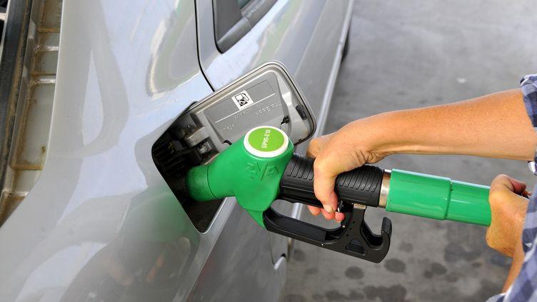 carburants changent de noms a la pompe
