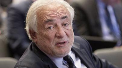 L'ancien directeur général du FMI Dominique Strauss-Kahn, lors d'une réunion à Washington (Etats-Unis), le 19 avril 2017. (MICHAEL REYNOLDS / EPA)