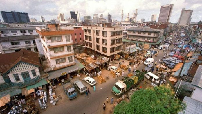 View of the Jankara market in Lagos (Nigeria) in 1991. Lagos is the second most populous city in Africa after Cairo in Egypt.  (DERRICK CEYRAC / AFP FILES)