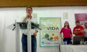 Dr. Cláudio Aragon fez as palestras do dia