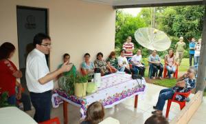 Prefeito Neto e a deputada Luciana estiveram reunidos com os integrantes do projetos