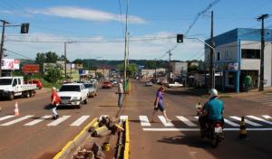 Estudos realizados no local ainda devem indicar a programação do semáforo de acordo com o tráfego em diferentes sentidos e horários