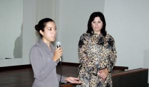 A nova coordenadora, Bruna Freitas, dói apresentada à equipe pela secretária de Saúde, Rose Mari Guarda