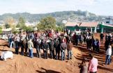 Evento aocnteceu no terreno em que escola será construída