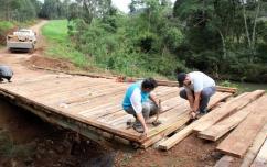 No Jacutinga, ponte que havia sido levada pela água já foi reconstruída