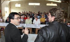 Prefeito Cantelmo Neto e o deputado Zeca Dirceu fizeram a entrega dos equipamentos, em evento na linha Osvaldo Cruz