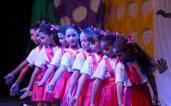 Escolas fazem apresentações de dança